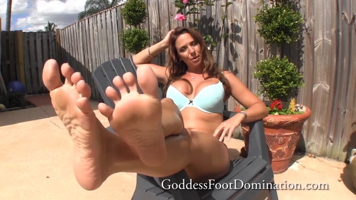 Goddess Brianna - POV Sunbathing Foot Licking