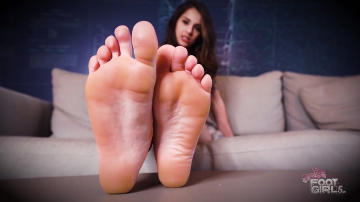 Sofie Reyez - Become a Slave for MY SOLES
