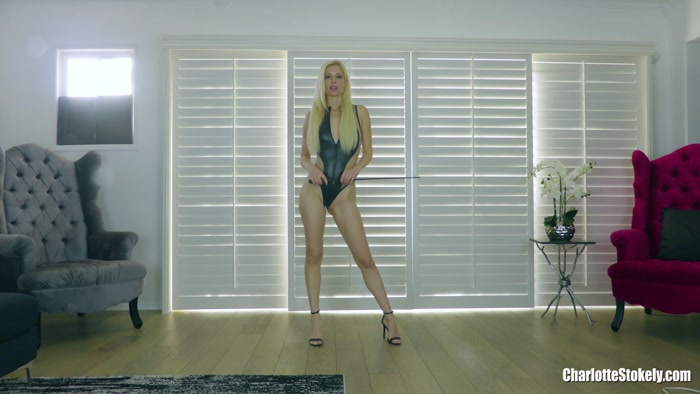 Charlotte Stokely - I'm Wrecking Your Asshole