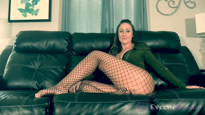 Evelyn Milano - Vicarious Loser Jerking