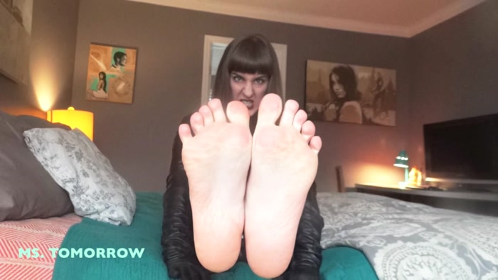 Domme Tomorrow - Suck my toes to earn my dick