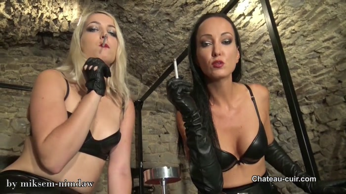Smoking in leather with Liz