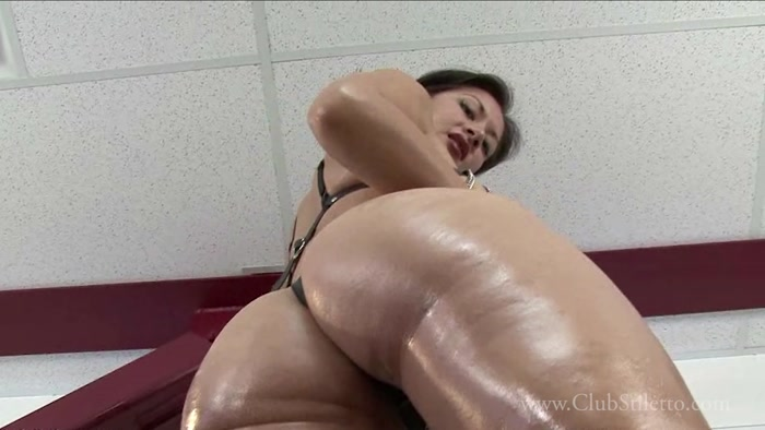 Miss Jasmine - Lick My entire Sweaty Body every day