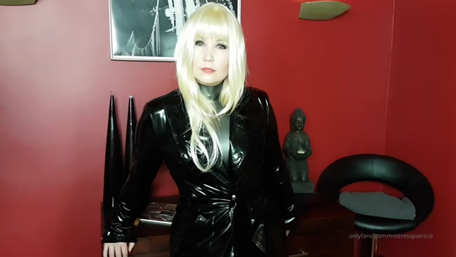 MISTRESS PATRICIA - How Do You Like My Nutcracker – Ready To Get Your Nuts Cracked